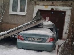 ВВоронеже пьяный водитель протаранил жилой дом— фото сместа ЧП