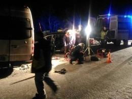 Опубликовано видео сместа массового смертельного ДТП савтобусами вМурманской области