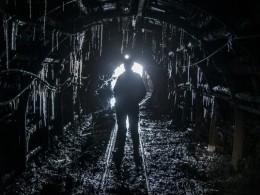 Почти тысяча шахтёров заблокирована под землёй вЮАР