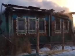 СМИ: ВСвердловской области сгорел дом, где жил Борис Ельцин