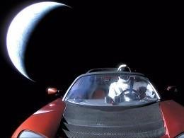 Американский химик предсказал скорое разрушение Tesla Roadster вкосмосе