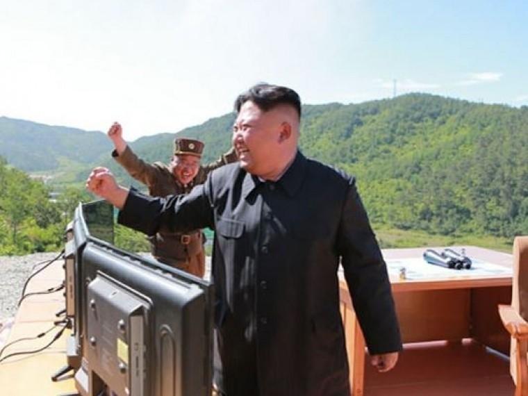 Задень доначала ОИ-2018 Ким Чен Ынпроведёт военный парад