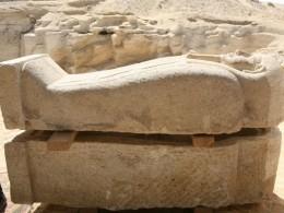 Археологи обнаружили древний некрополь ссаркофагами исокровищами под Каиром