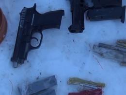 ВВеликом Новгороде задержан главарь банды оружейников— видео спецоперации