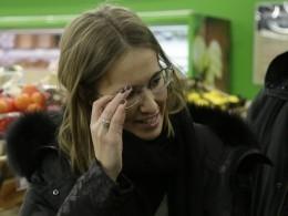 Мария Захарова сравнила Собчак сБушем-младшим, который просился втуалет