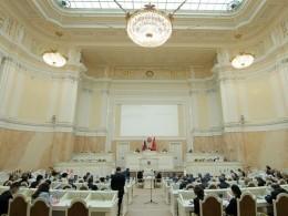 Петербургский парламент создал рабочую группу для защиты прав дольщиков