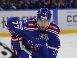 Хоккеист СКА Белов пропустит два матча плей-офф КХЛ из-за дисквалификации