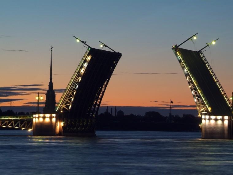 сказала, что разводные мосты в мире фото есть