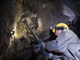 ВОренбуржье из-за пожара наруднике эвакуированы почти 600 горняков