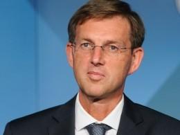 Премьер-министр Словении собрался вотставку
