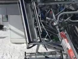 «Людей вышвыривало наружу»: очевидцы рассказали овзбесившейся канатной дороге вГудаури