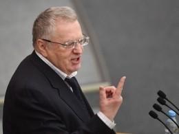 Путин нестал комментировать предложения Жириновского поперемене госустройстваРоссии