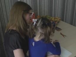 Брошенная воспитателем курганского детсада всугробе девочка перенесла пневмонию— видео