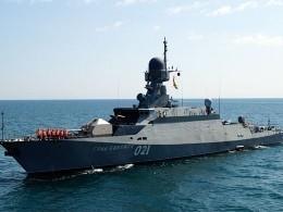 Корабли Каспийской флотилии отразили авианалёт условного противника