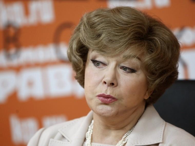 Эдита Пьеха попала вбольницу