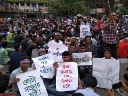 Неменее80 человек пострадали входе студенческих протестов вБангладеш