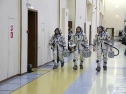 Социологи: Россияне мечтают покорять космос