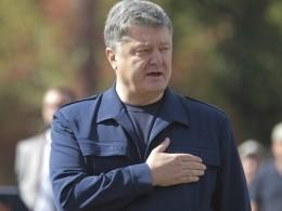 «Пусть сначала наведет порядок всвоей стране изакончит войну вДонбассе»— эксперт высмеял планы Порошенко