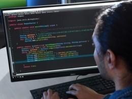 Лондон готов атаковать компьютерные сети России вслучае кибератак наБританию