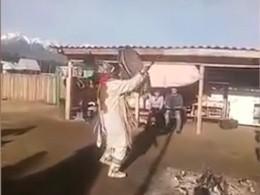 ВБурятии неугодных представителей власти изгоняют шаманскими ритуалами— видео