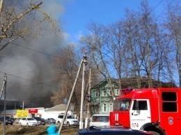 ВНижегородской области полыхает здание кожевенного завода