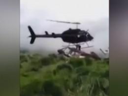 Видео: вКолумбии вертолёт упал начеловека