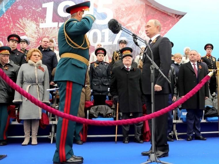 Песков: Спецприглашений наПарад Победы вМоскве нет