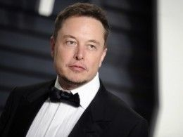 Илон Маск больно ударил поТеslа, неответив на«скучные» вопросы журналистов
