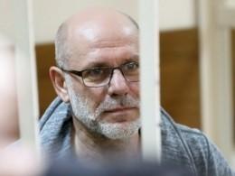 Экс-директора «Гоголь-центра» отпустили под подписку оневыезде