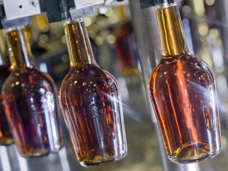 «Коньячный изотоп»: Роскачество предлагаетужесточитьГОСТ наянтарный алкоголь