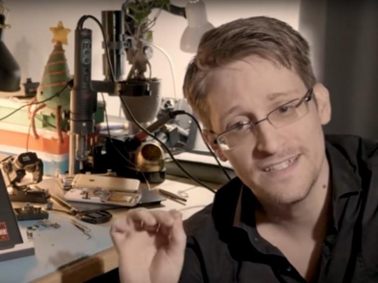 Сноуден: новый директор ЦРУ приказала удалить записи пыток заключенных