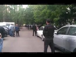 Мужчина, захвативший заложников вМоскве, сдался