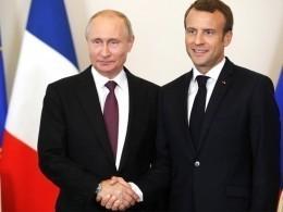 Встреча Владимира Путина иЭммануэля Макрона длилась более трех часов