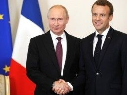«Встреча мировых арбитров»— французские СМИ обеседе Путина иМакрона