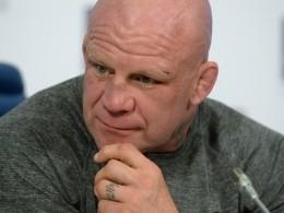 Новоиспеченный россиянин Монсон отметит гражданство русской баней изастольем