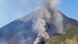 Неменее шести человек погибли при извержении вулкана вГватемале