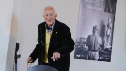 Американский фотограф Дэвид Дуглас Дункан умер в102-летнем возрасте