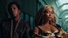 «Кино— отстой, хорошо, что Лувр уцелел»: зрители оновом клипе Beyonce иJay-Z