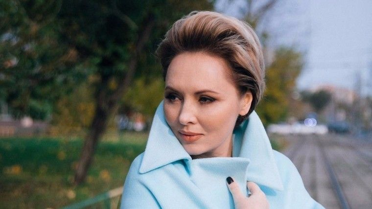 Елена Ксенофонтова рассказала отравле состороны неверного экс-супруга