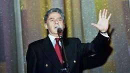 ВМоскве проходит церемония прощания споэтом Андреем Дементьевым