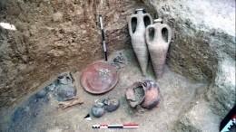 Богатый некрополь скифов обнаружен натрассе «Таврида» вКрыму— первые кадры