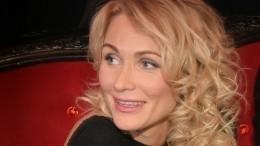 Катя Гордон вочередной раз показала грудь инемного пофилософствовала
