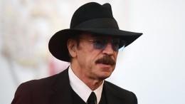 Боярский забыл слова насцене, узнав опобеде РФнад Испанией вЧМ-2018