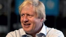 Стало известно, почему насамом деле глава МИД Британии Джонсон ушел вотставку