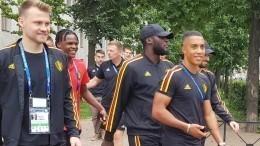 Бельгийские футболисты сангличанами погуляли поПетербургу