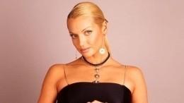 Волочкова сняла трусынафинале ЧМ— фото