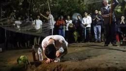 Спасенные изпещеры вТаиланде дети временно станут монахами