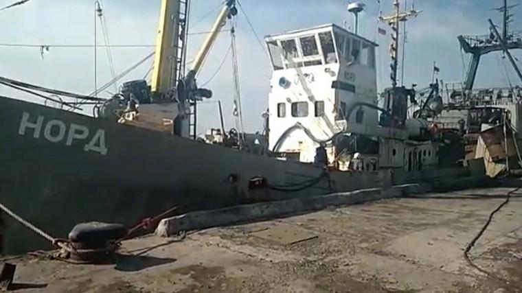 Моряки «Норда» немогут уехать изУкраины из-за проблем сдокументами