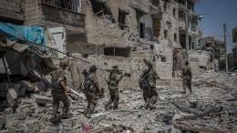 Силы коалиции нехотят разминировать разбомбленную ими полгода назад Ракку