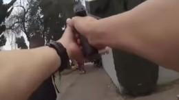 Полицейские вСША изрешетили преступника вместе сзаложницей— шокирующие кадры
